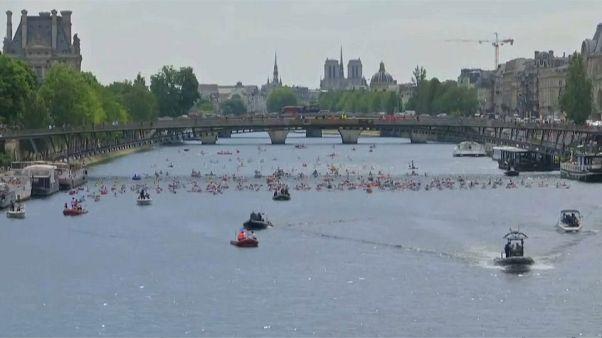 العاصمة الفرنسية باريس تحتفل باليوم الأولمبي