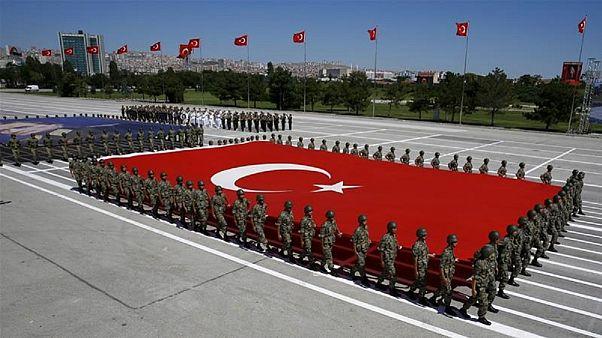 ترکیه بدنبال تهدیدات همسایگان قطر: پایگاه نظامی را تعطیل نمیکنیم
