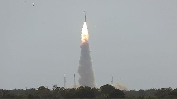 هند همزمان ۳۱ ماهواره را به فضا فرستاد