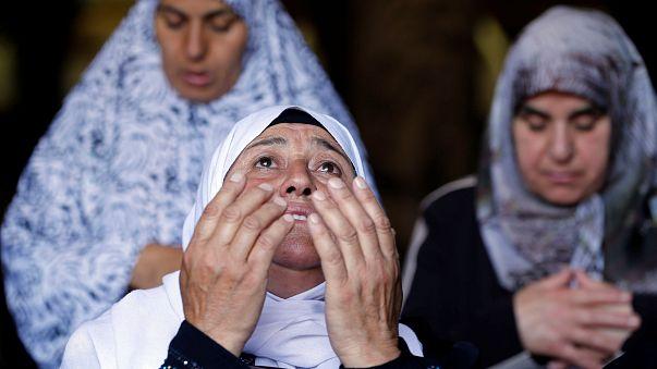 شاهد: آداء صلاة الجمعة في المسجد الأقصى