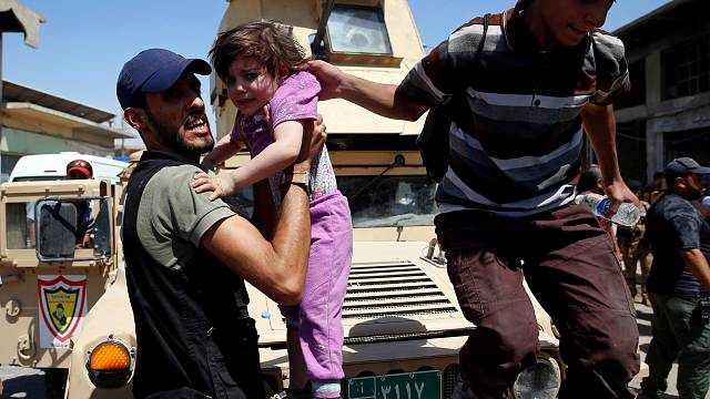 Зачистка Мосула от боевиков ИГИЛ сопровождается эвакуацией населения