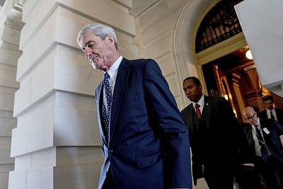 Former FBI Director Robert Mueller, the special counsel probing Russian interference in the 2016 election, departs Capitol Hill following a closed door meeting on June 21, 2017, in Washington.
