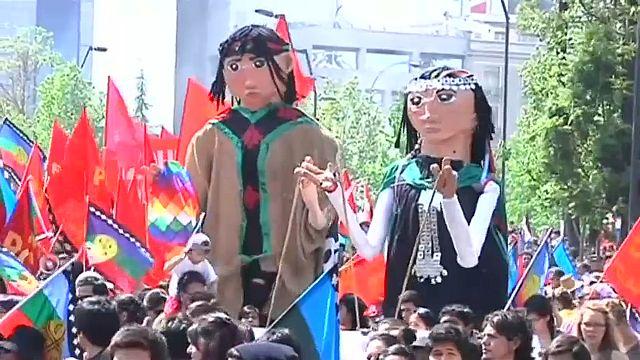 Глава страны Мишель Бачелет извинилась перед индейцами мапуче