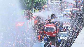 Filipinos festejam São João com festival de água