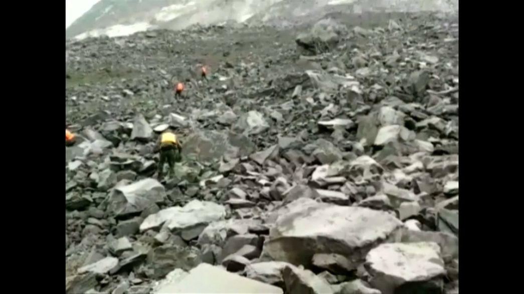 Pusztító sárlavina Kínában