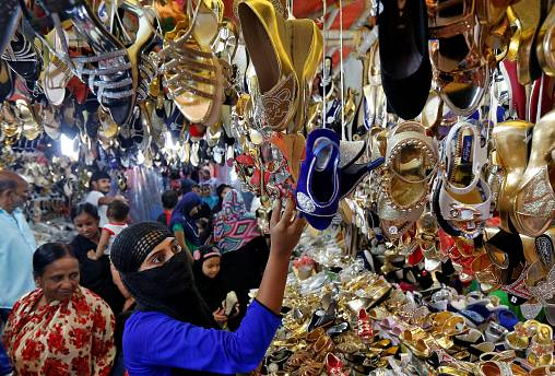 Muslim world readies for Eid al-Fitr but shadow hangs over festival in places