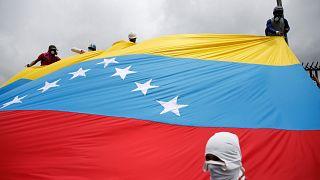 """""""Venezuela'da adil seçimlerin olduğu gün koltuğumu bırakırım"""""""