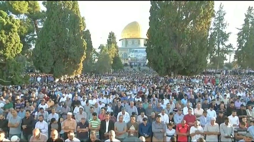 عباس: نأمل ان يأتي العيد المقبل وقد تحررت القدس