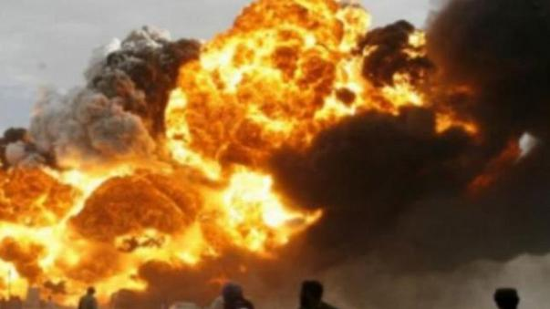 Exploding oil tanker kills more than 100 in Pakistan