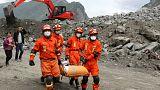 Çin'de toprak altında kalanlar için umutlar tükeniyor