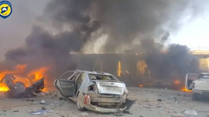 قتلى وجرحى في تفجير سيارة مفخخة بمحافظة إدلب السورية