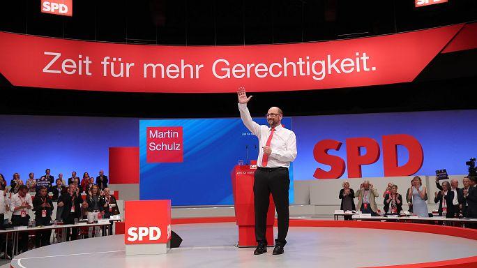 Schulz combate los sondeos adversos apoyando el matrimonio homosexual