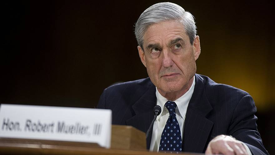 Image: FBI Director Robert Mueller testifies before a Senate Judiciary Comm