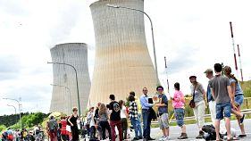 50.000 demonstrieren gegen belgische Atomkraftwerke