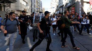 Полиция разогнала ЛГБТ-марш в Стамбуле