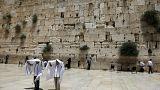 الحكومة الإسرائيلية تتخلى عن خطة الصلاة المختلطة أمام حائط المبكى