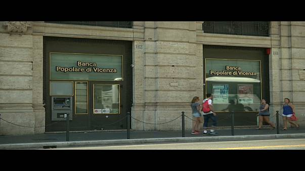 "Italia liquidará dos bancos ""inviables"""
