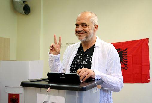 Албания берёт курс на Евросоюз