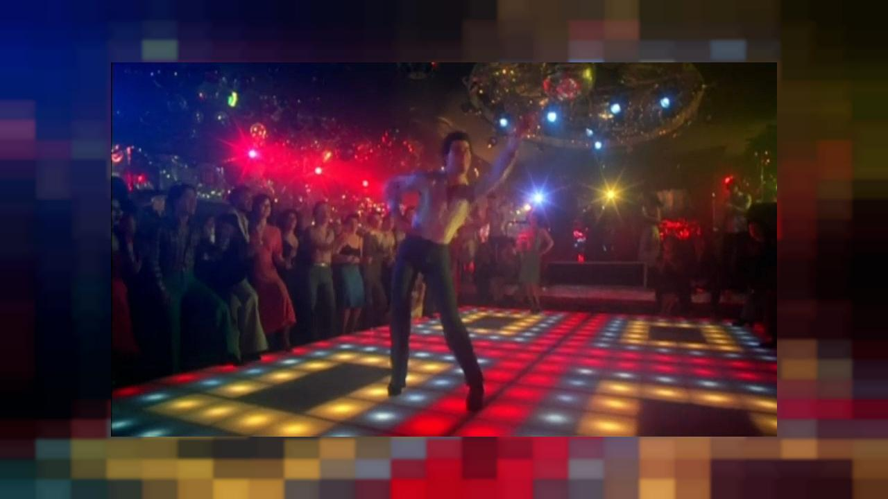"Travoltas Tanzboden aus ""Saturday Night Fever"" kommt unter den Hammer"
