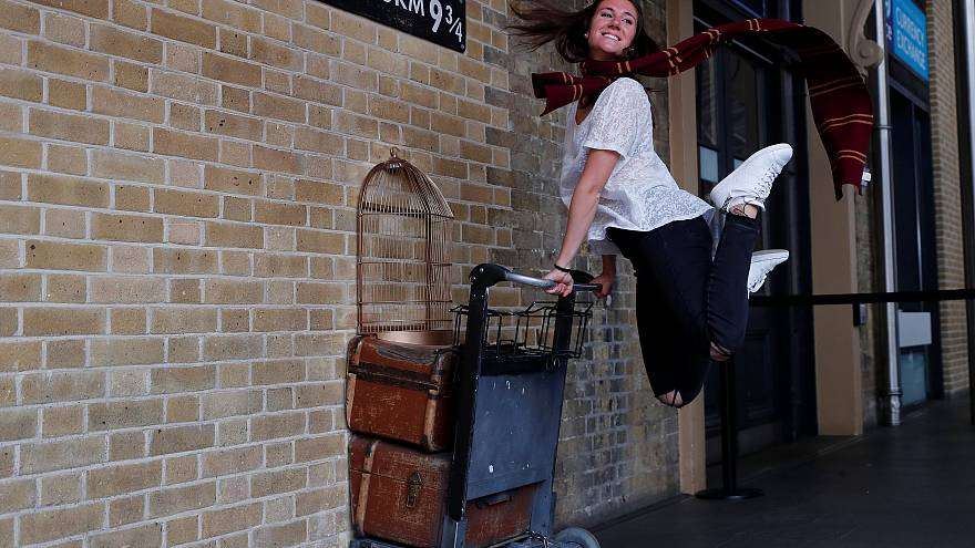 Harry Potter, festa al binario 9¾ a King's Cross