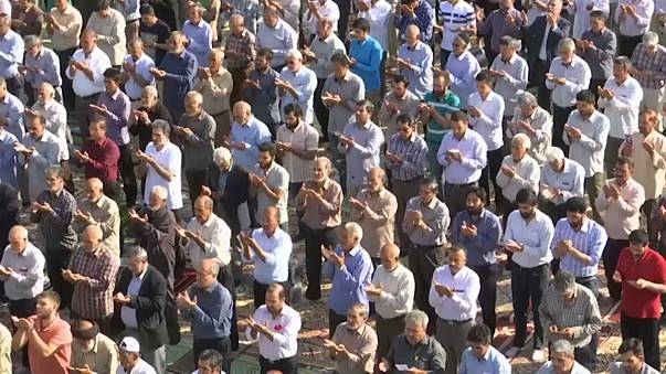 شاهد: صلاة العيد في المغرب وإيران والهند