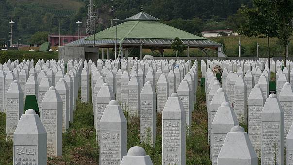 Dutch peacekeepers 'acted illegally' over Srebrenica massacre