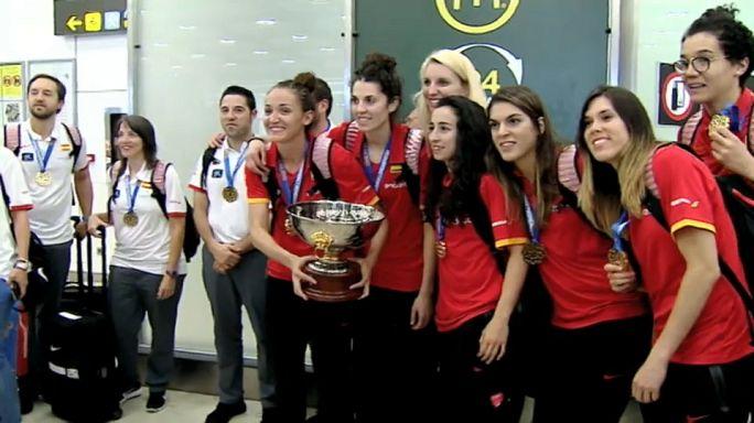 Regreso triunfal de las campeonas del Eurobasket