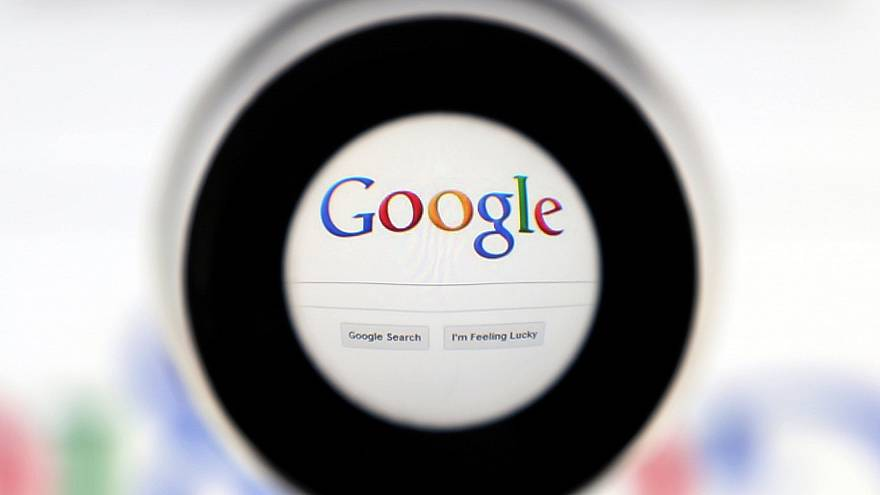 Comment Google favorise Google Shopping