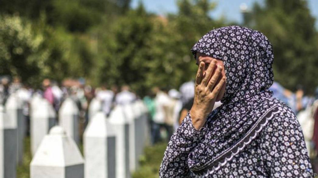 Hollandia bűnrészes a srebrenicai tömegmészárlásban
