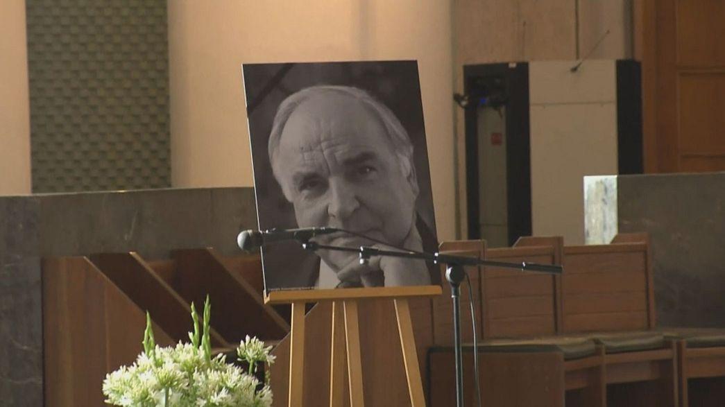 Elbúcsúztatták Helmut Kohl volt német kancellárt