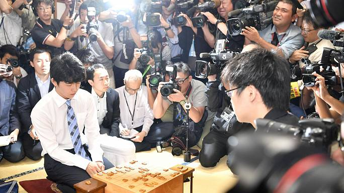 Юный игрок в настольную игру сёги - национальный герой Японии