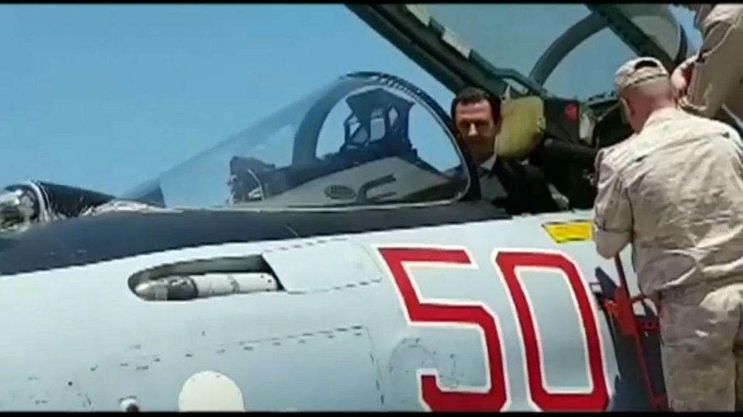 الأسد في قاعدة حميميم داخل المقاتلة سوخوي