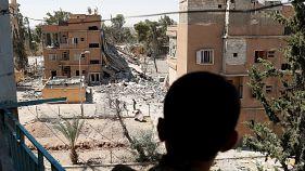 Dezenas de civis mortos em bombardeamento na Síria