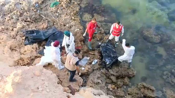 Bevándorlók tragédiája a líbiai partoknál