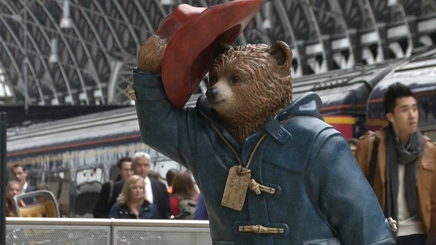 """Morreu """"pai"""" do urso Paddington"""
