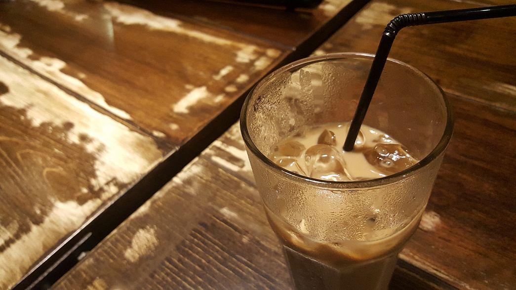 Faecal bacteria 'in ice in Costa, Starbucks and Caffe Nero'