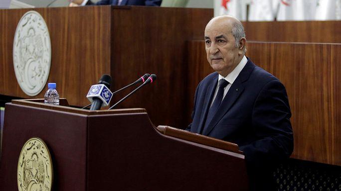 الجزائريون ينفون اتهامات بالعنصرية ويؤكدون على انتمائهم للقارة السمراء