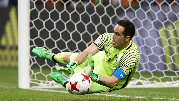 Claudio Bravo frena a Portugal y lleva a Chile a la final de la Copa Confederaciones