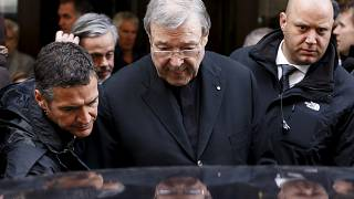 Казначей Ватикана - растлитель малолетних?