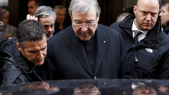 Avustralya kardinaline cinsel saldırı suçlaması