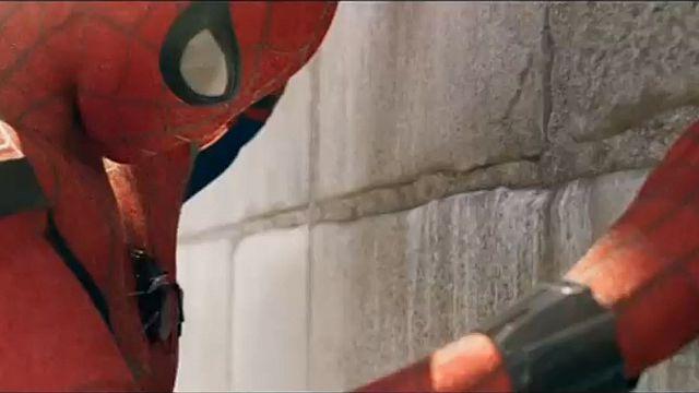 Genç örümcek adamın aidiyet savaşı: Örümcek Adam Eve Dönüş
