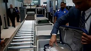 US tightens airport security