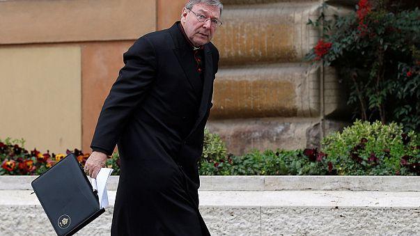 Missbrauchsvorwürfe: Kurienkardinal Pell legt Amt vorläufig nieder