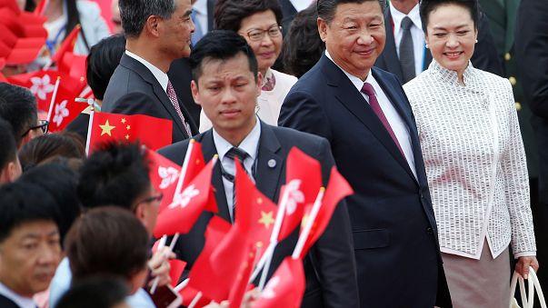Hong Kong: tensione per la visita di Xi Jinping