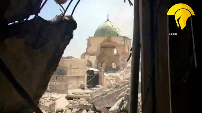 """العراق يعلن انتهاء """"دولة الخلافة"""" بعد السيطرة على مسجد النوري"""