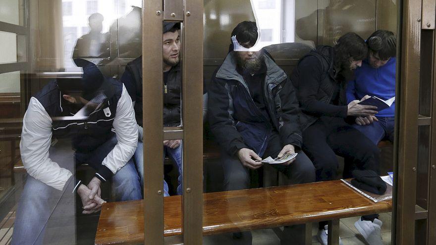 Rusya'da mahkeme Nemtsov suikastiyle ilgili beş zanlıyı suçlu buldu