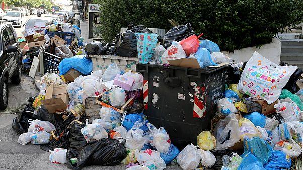 Ελλάδα: Τέλος στην απεργία της ΠΟΕ-ΟΤΑ - Άμεσα η αποκομιδή των σκουπιδιών