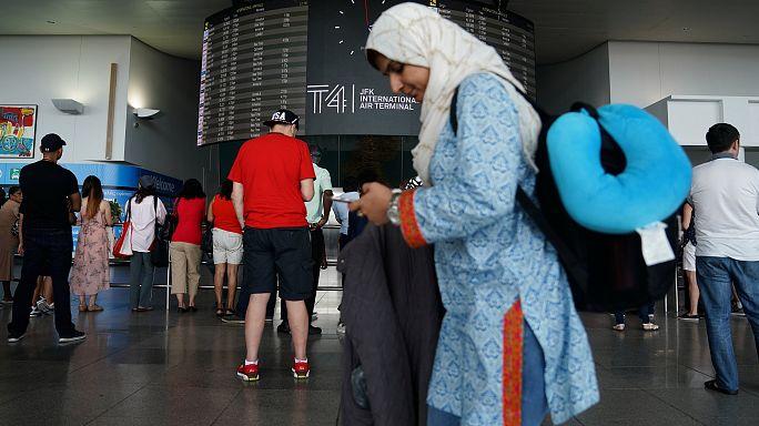 Trump'ın 6 Müslüman ülkeyi kapsayan seyahat yasağı başladı