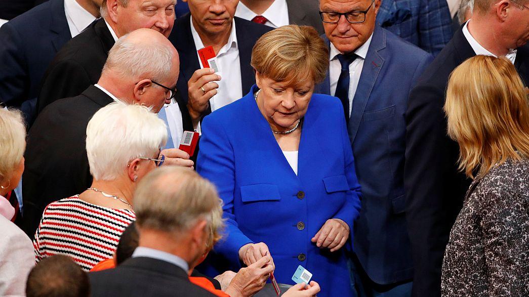 """Mit mindestens 70 Unionsstimmen - Bundestag genehmigt """"Ehe für alle"""""""