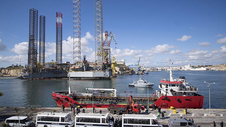 Image: Oil tanker